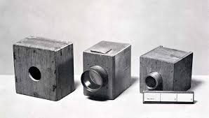 مخترع الكاميرا ربما لم يخطر له على بال فوائد أختراعه فى الدنيا والآخرة!